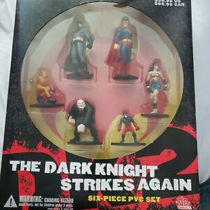 Batman the Dark Knight strikes again   6 pvc  Figures mib free ship in u.s.