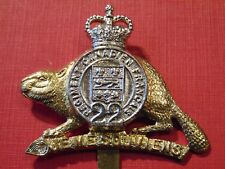 Canada Canadian Armed Forces ROYAL 22nd Regiment VAN DOOS metal cap badge QC
