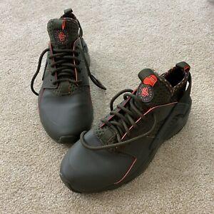 Nike Air Huarache Run Ultra SE Mens 9 Cargo Khaki/Crimson Shoes (875841 301) EUC