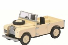 Schuco HO 1:87 26097 Land Rover 88 Safari Landrover