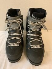 Scarpa Vega Mountaineering Boots Sz 6D (worn )