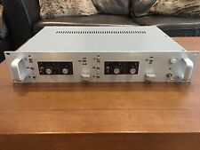 2 x VINTAGE Spectra Sonics 101 PRE AMP & 501 EQ 's. professionnellement Custom en rack.
