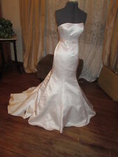 Chic Sexy Cocktail style Wedding Dress-Shiny Satin-Booty Showing Sample Sz 0