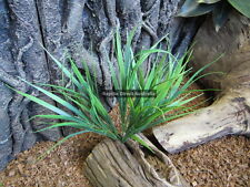 ZCL-007 Artificial Grass Tussock 30cm Plant Reptile Enclosure Snake Lizard Frog