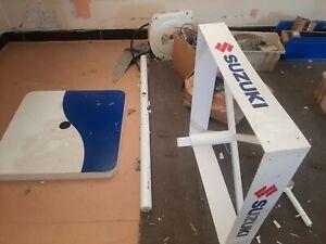 Suzuki Outboard Engine Stand