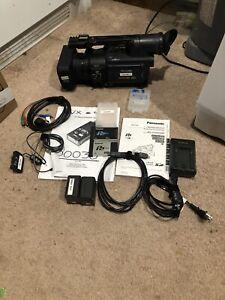 Panasonic AG-HVX200 Mini DV Camcorder w/accessories