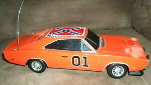 2005 DODGE CHARGER 1969 DUKES OF HAZZARD GENERAL LEE RC 1/18 CAR AS IS NO REMOTE