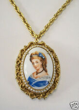 "VINTAGE LIMOGES PORCELAIN CAMEO 2"" LOCKET NECKLACE GOLDTONE OVAL FRAMED PEARLS"