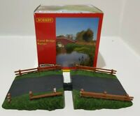 "Hornby Skaledale R8606 OO Gauge ""Canal Bridge Ramps"" Model Set - Boxed"