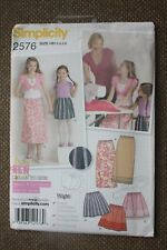 Simplicity Learn to Sew Children/girls Sewing Pattern 2576 Skirts 2576hh 3-6