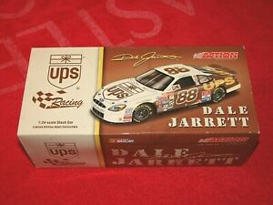 DALE JARRETT 2001 ACTION RACING COLLECTIBLES 1:24 #88 UPS CHROME 1/1020 (VN29)