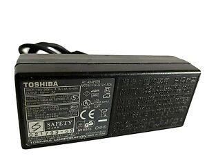 Genuine Toshiba PA3241U-1ACA Laptop AC Power Supply Adapter / Charger - 15V / 3A