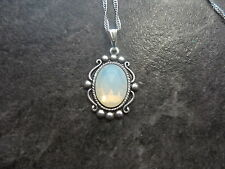 """VINTAGE WEST GERMANY WHITE OPAL GLASS STONE NECKLACE 18"""" CHAIN"""