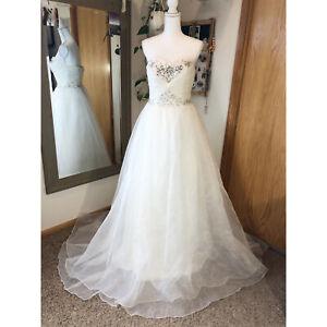 Wedding Dress Strapless Sweetheart A-line Jewels Sweep Train Size 4/6