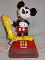 Vintage American Telecommunication Corp. Mickey Mouse Telephone Push Button Cord