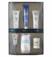 No7 LIFT AND LUMINATE TRIPLE ACTION COLLECTION, THE PERFECT LIFT GIFT SET