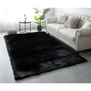 Black Faux Fur Rug 5'x7'