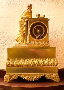 Hochfeine Pendule Kaminuhr Frankreich Empire Bronze French Clock Feuervergoldet