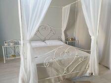 Letto in ferro battuto matrimoniale con baldacchino Sogno bianco decorato oro