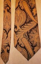 Oscar De la Renta Couture beige and navy paisley style silk men's dress tie