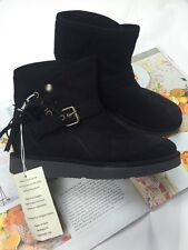 UGG Australia Boots Shoes Size- 5 Made in Italy Black 100% Authentic NEW$249