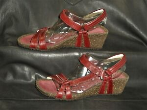 Teva Ventura women's burgundy oiled leather quarter strap sandal shoes size US 8