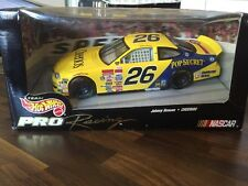 #26 JOHNNY BENSON - CHEERIOS FORD - YELLOW - HOT WHEELS PRO RACING 1:24 - NEW!!!