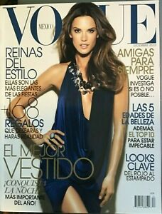 ALESSANDRA AMBROSIO Vogue SPANISH Mexico Magazine December 2010 MEJOR VESTIDO