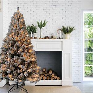 ALEKO 6 feet Artificial Holiday Snow-flocked Branches Pre-Lit Christmas Tree