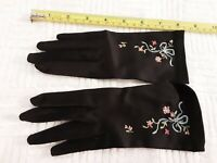 Vintage Ladies SIlky Soft Gloves Very Small with Design Pretty Black
