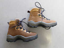 Salomon brown nubuck leather, hiking boots. Women's 6.5 (eur 38)