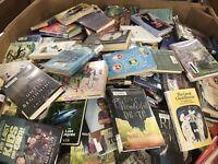 Lot of 25 RANDOM Middle School chapter books Children's Youth Readers Homeschool