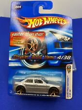 Hot Wheels 2006 First Edition Chrysler 300C Hemi Silver Faster than Ever