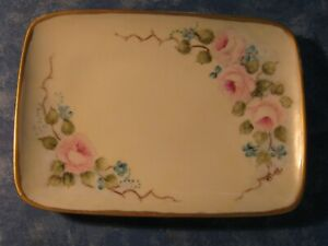 VINTAGE LIMOGES FRANCE SMALL PORCELAIN PLATE w/Hand Painted Flowers & Gold Trim