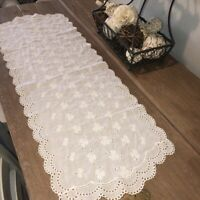 "Vtg Eyelet Lace Cutwork Embroidered Table Runner 14"" x 40"" White Cotton Cottage"