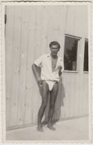 Original vintage 1930s very risque male poser, gay interest