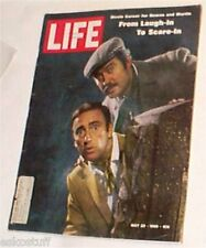 Life Magazine – 1969 Rowan & Martin cover Great Pictures! Nice See!