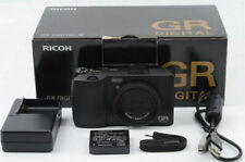 Ricoh GR IV Digital Compact Camera 10.4 MP Black Box w/Accesaries AF Good 6mm l