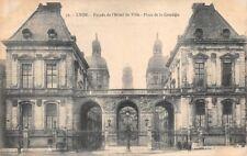 LYON  - Façade de l'Hôtel de Ville - Place de la Comédie -