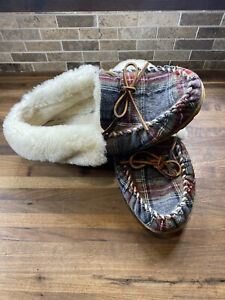 Women's LL Bean Wicked Moccasins Slippers Plaid 10/11 M  (Read Description)