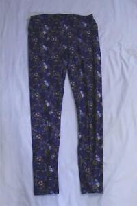 LuLaRoe Women's Flowers & Insects Print Leggings SV3 Purple Tall & Curvy