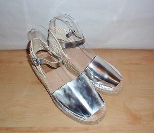 NIB Red or Dead ladies BRIGHTON silver leather wedge heeled summer sandals