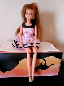 Takara 1996 Jenny Doll ? - Auburn Hair - Brown Eyes - GUC