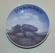 Royal Copenhagen Denmark 3167 Danmark Stacked Stack Rocks Miniature Mini Plate
