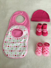 New Lot 5 Valentines 2 pair infant girl booties 2 bibs 1 cap hat pink 0-12 mos
