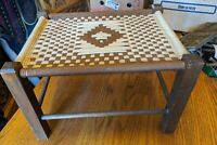 ANTIQUE-VTG WOOD FOOT STOOL OTTOMAN CROCHET CRAFTSMAN LARGE 18X14 TAN BROWN FARM