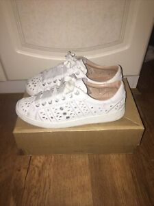 White Trainers By UGG Size 5