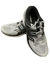 Saucony Men's Omni Iso Size: 11.5 Color: Grey/Black Style#S20442-2