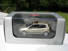 1/43 VW VOLKSWAGEN GOLF 5 3 or metalisé 3 portes SCHUCO