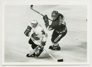 1981 WAYNE GRETZKY #99 Vintage Hockey Photograph CANADA vs. USSR Canada Cup